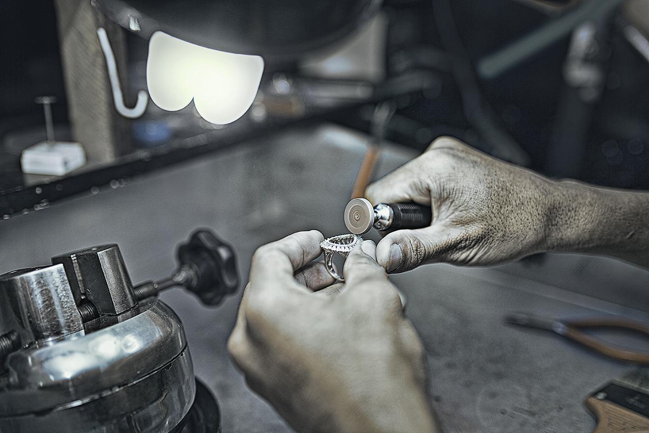 Danh Hien Jewelers-ad photography vietnam-bratus