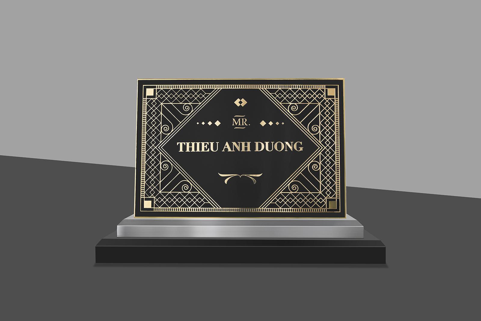 gold trophy- thiet ke huy chuong-bratus